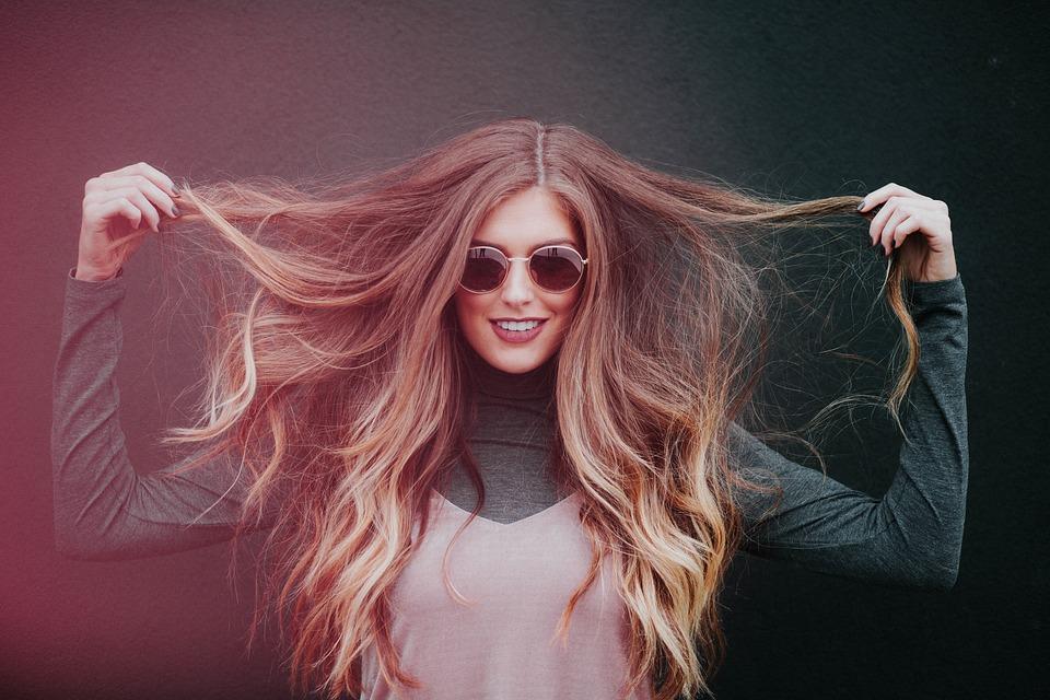 Capelli secchi? Ecco come avere i capelli idratati anche in estate!